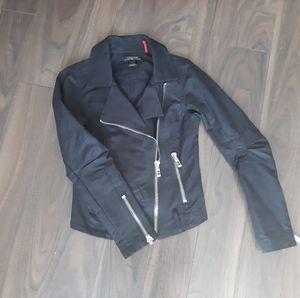 NWOT Parasuco biker jacket - denim